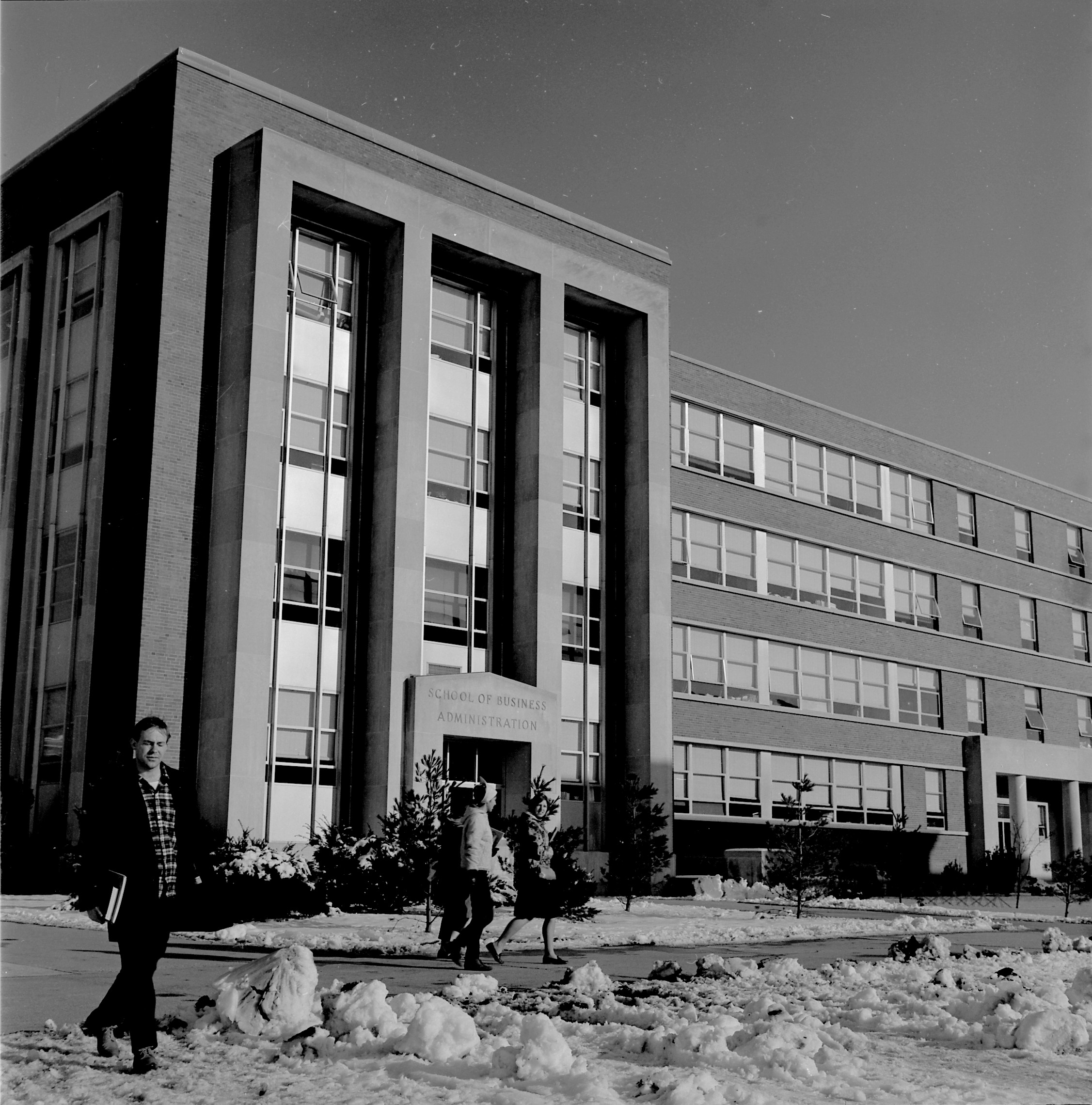Students pass by the newly built School of Business Administration in 1966. Completed in 1960, the building at 368 Fairfield Road (now Fairfield Way) was the business school's home until 2001.
